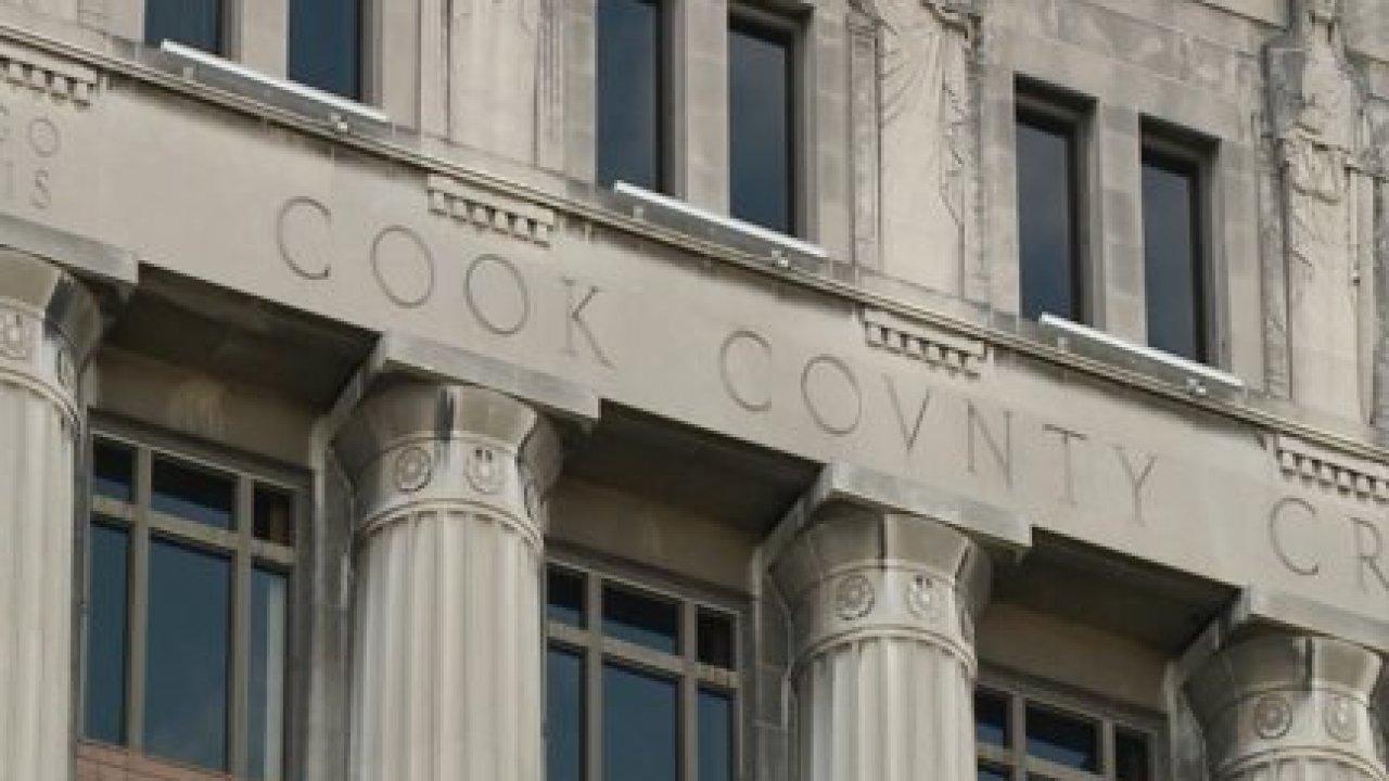 Πολλές ποινικές, αστικές υποθέσεις στο Δικαστήριο της Κομητείας Κουκ αναβάλλεται για 30 ημέρες