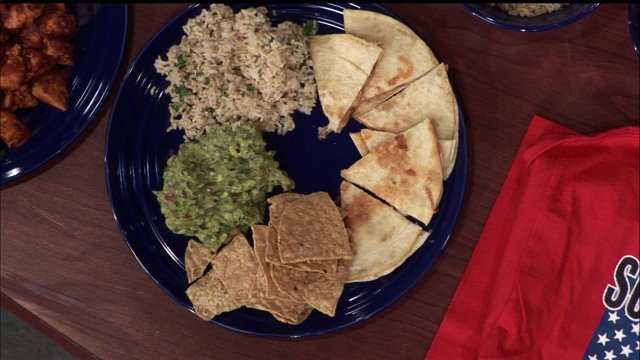 Firehouse Chef: Craig Meseko makes guacamole chipotle chicken wraps