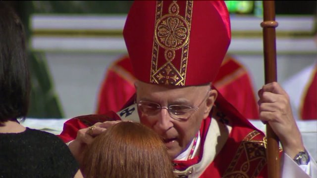 Cardinal George resumes chemo, cancels trip to Rome
