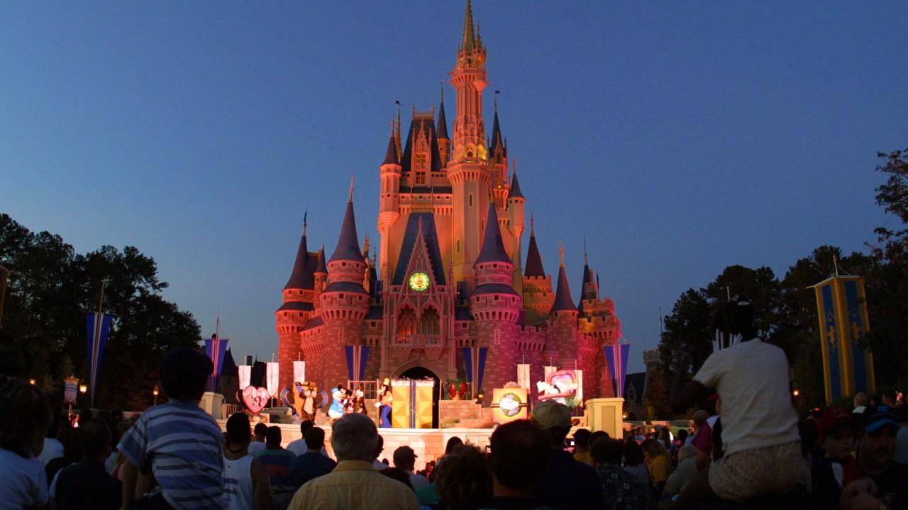 Disney-Themenpark-resorts ist auf unbestimmte Zeit geschlossen