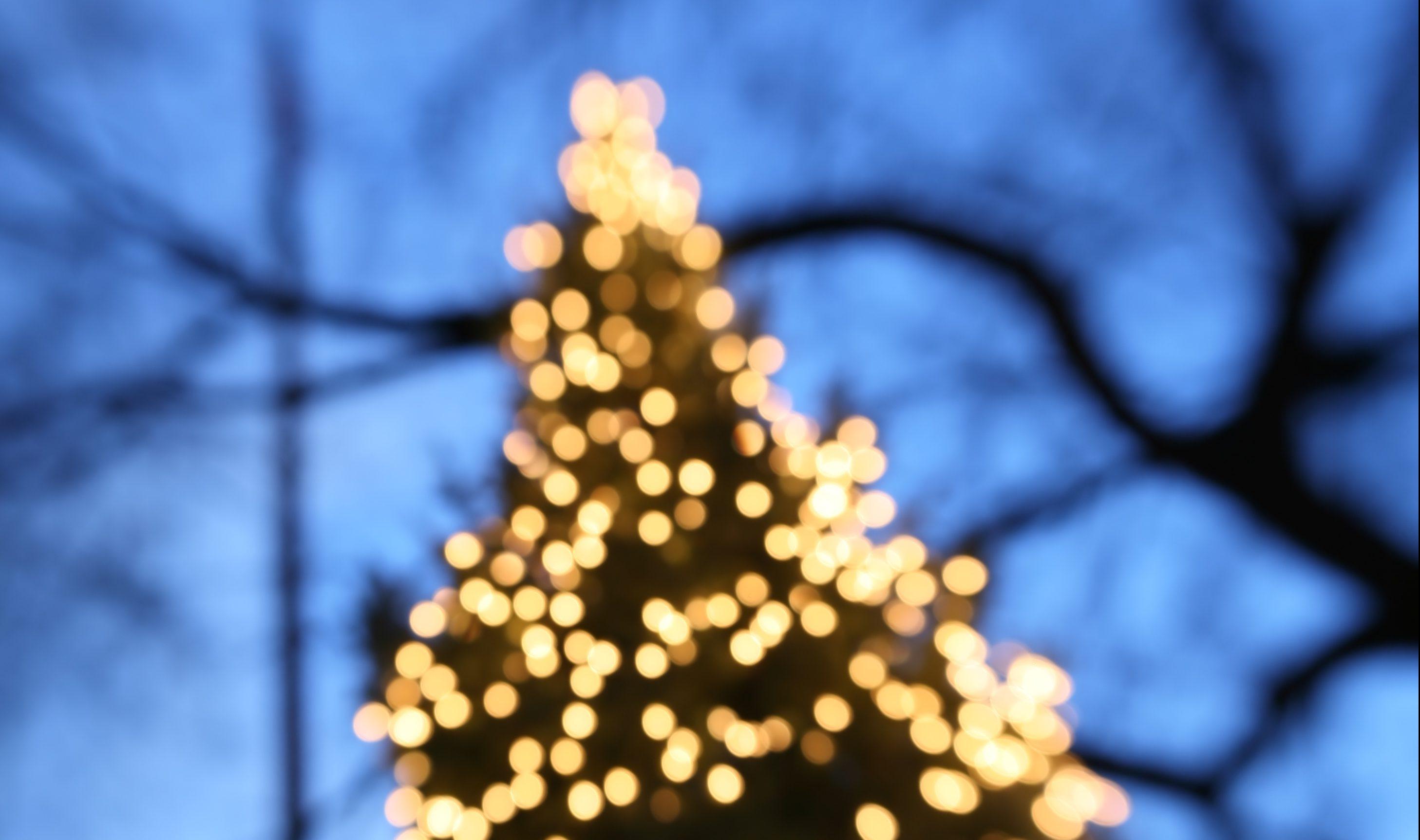 Chicago Christmas Radio Stations 2021 Christmas Music Starts Playing On Chicago Radio Station Thursday Wgn Tv