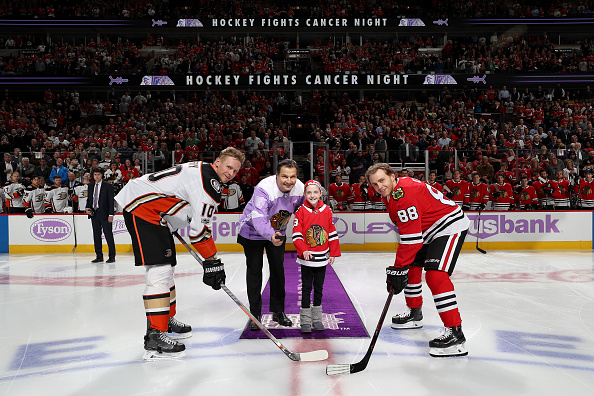 Eddie Olczyk Gets One More Shift With The Blackhawks On Hockey Fights Cancer Night Wgn Tv