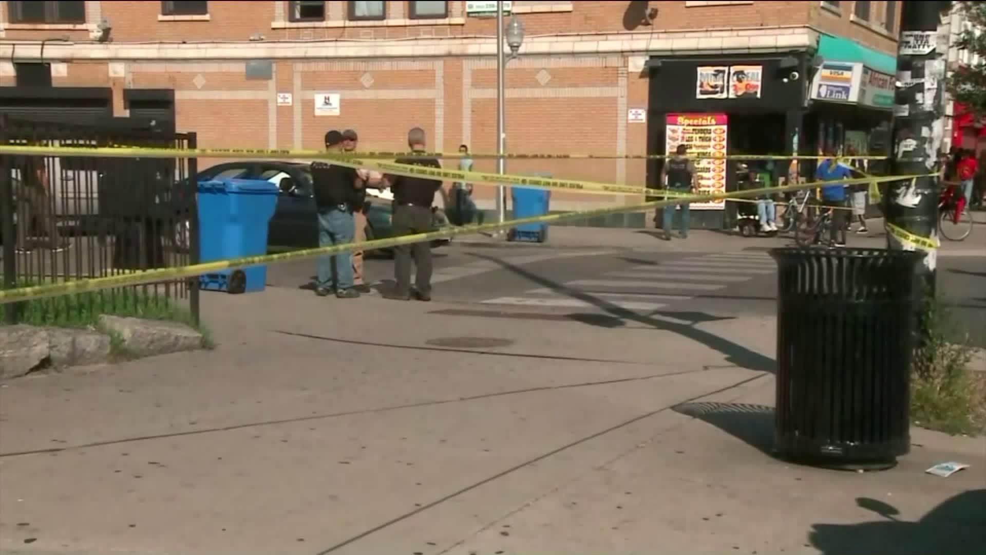 3 Killed In West Garfield Park Attack Identified Suspect Car Found Wgn Tv