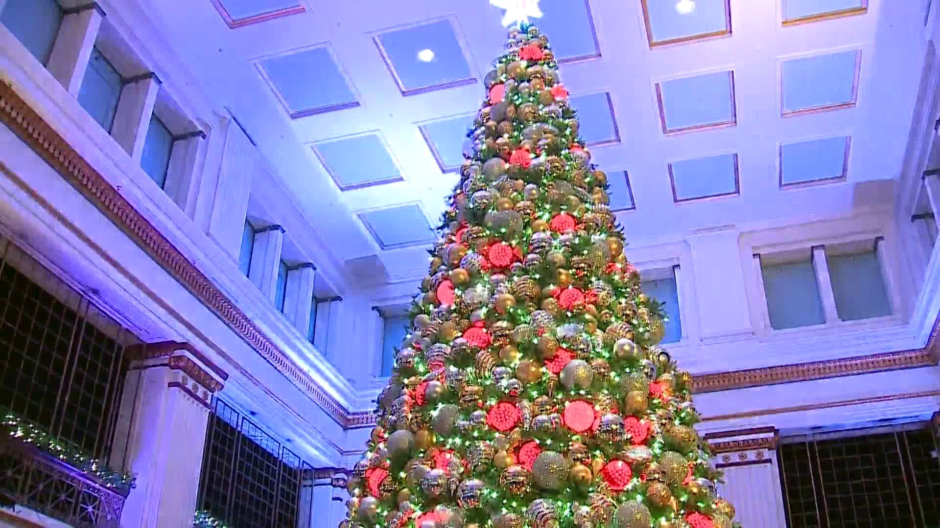 Macy's to open Walnut Room for holidays with guidelines in place