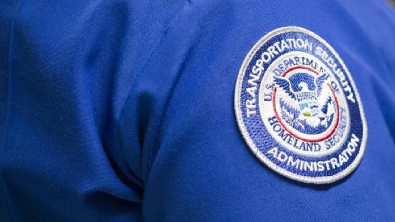 オーランド国際空港TSA労働者の陽性がCOVID-19