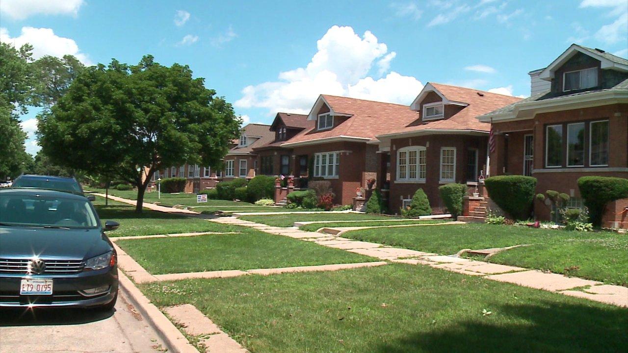 Σικάγο κατοίκους κλήση για την ενοικίαση παγώσει κατά τη διάρκεια της πανδημίας