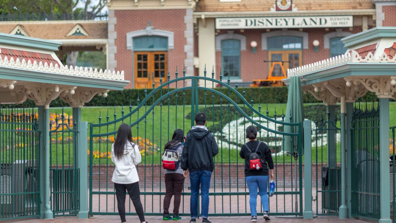 Disney ανακοινώνει άδεια για μη ουσιωδών εργαζόμενους σε όλη την εταιρεία