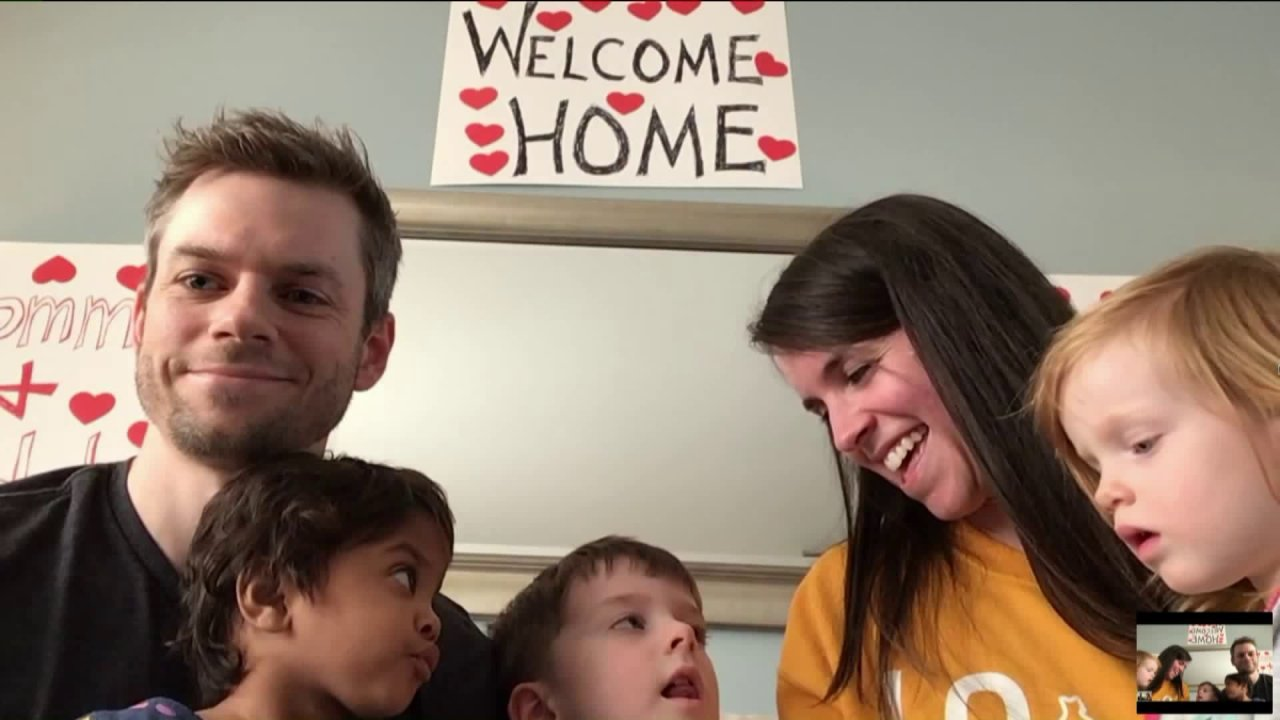 Chicago paar wieder vereint mit der Familie, nachdem er gestrandet in Indien