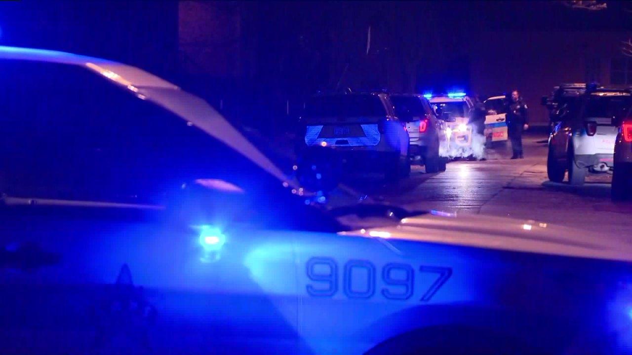 Σικάγο αξιωματικός χτυπήθηκε από όχημα κατά τη διάρκεια ελέγχου της τροχαίας