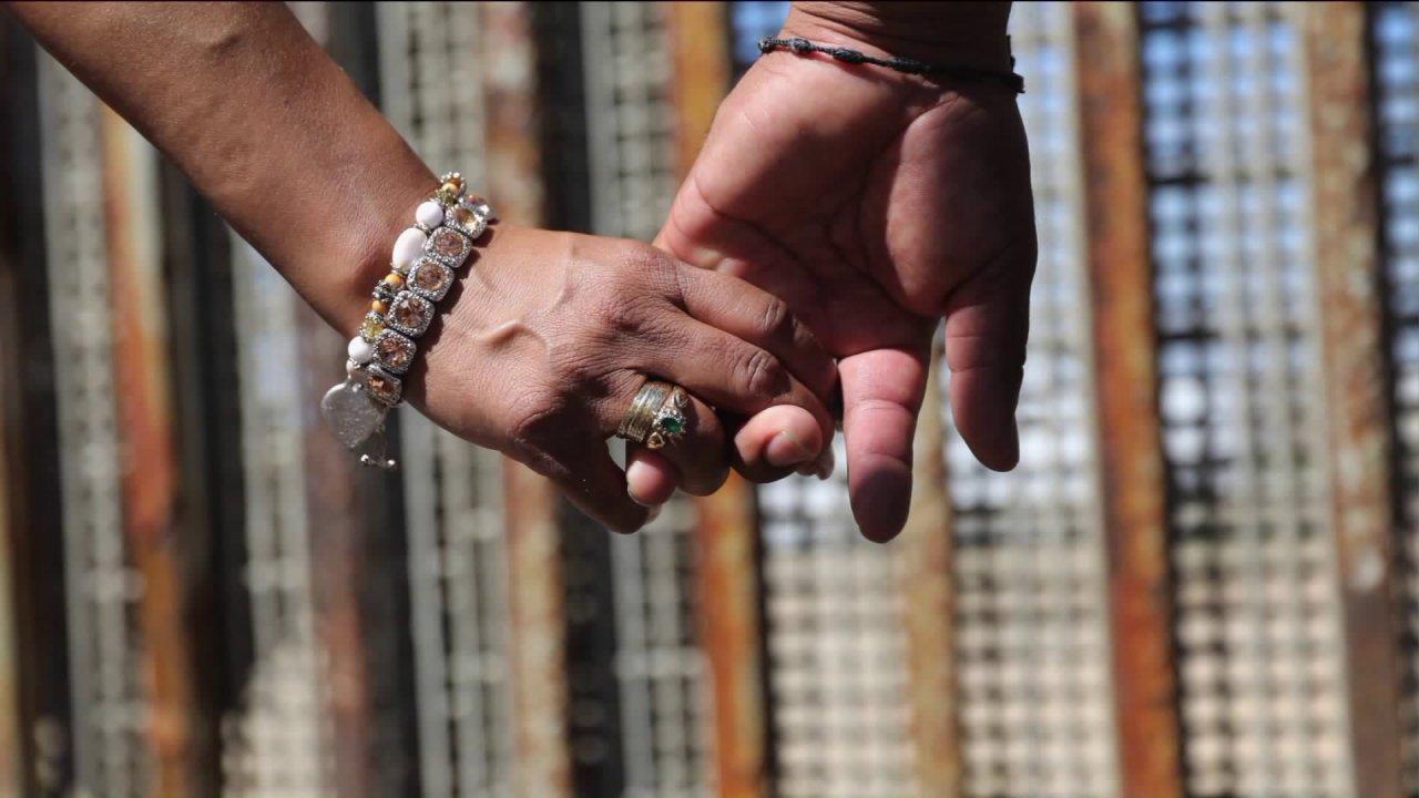 Θεραπευτής προσφέρει συμβουλές για εκείνους που αγωνίζονται στις σχέσεις κατά τη διάρκεια της πανδημίας