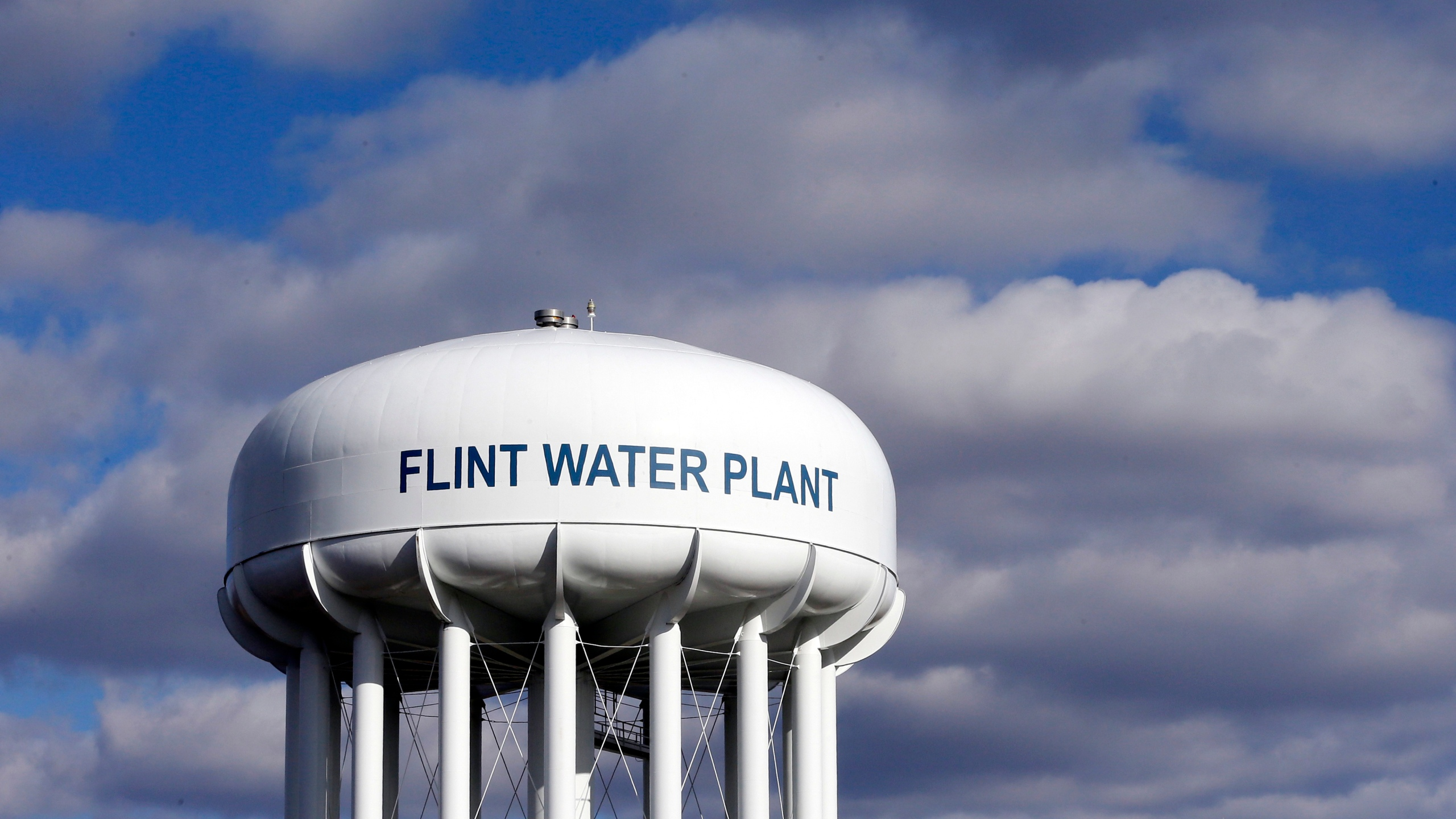 Michigan Reaches 600m Deal In Flint Water Crisis Wgn Tv