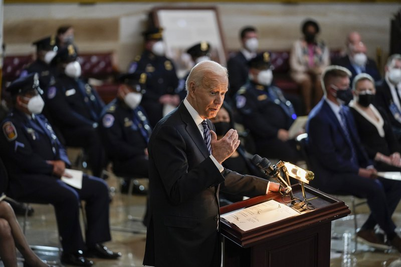 https://apnews.com/article/tribute-billy-evans-slain-capitol-police-officer-f5ce70c5803cbd0df4cff8511470babe Click to copy RELATED TOPICS Joe Biden Donald Trump Politics AP Top News Biden eulogizes slain officer as Capitol Police mourn again