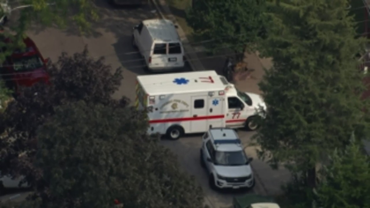 2 women found dead, 4 people hospitalized after carbon